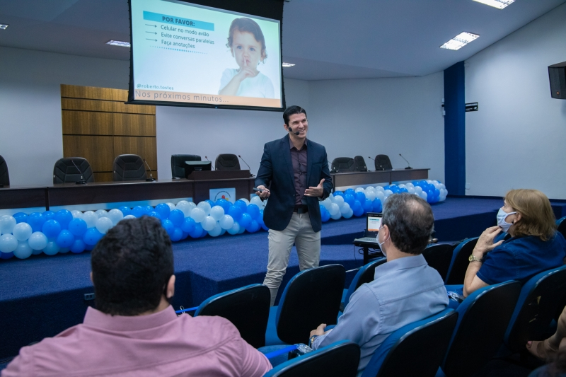 Cumprindo compromisso de campanha, Prefeito Marcos Calderan trabalha na valorização e reconhecimento do servidor público do município. 1